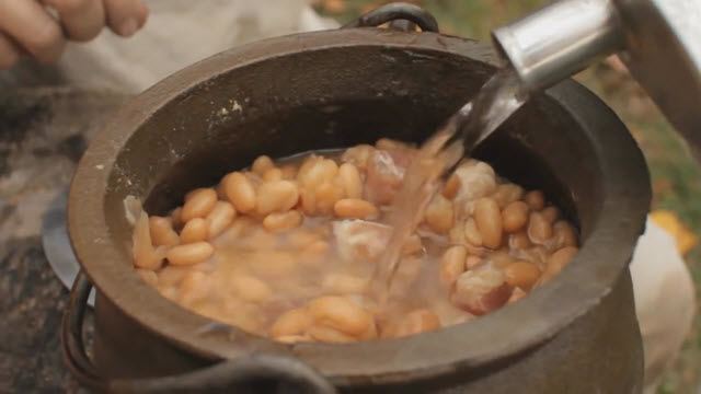 Baked Beans (Time 0_04_47;29)