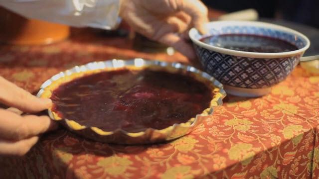 Cranberry Sauce (Time 0_04_58;09)