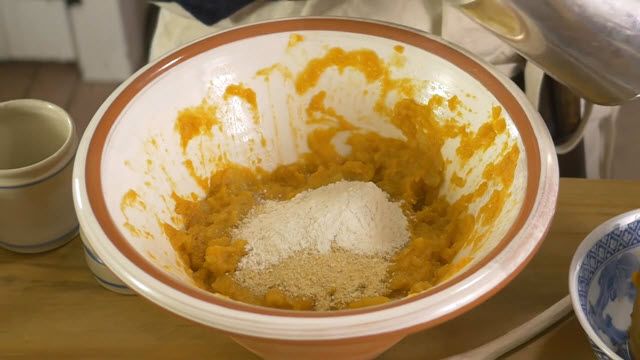 Sweet Potato Pudding (Time 0_01_32;02)