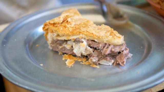 1796 Beef Steak Pie - Savoring the Past